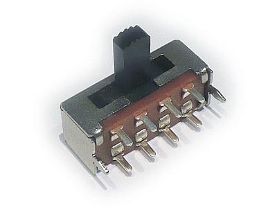 Kapcsoló 3 poziciós, panelba 2x4p.fémház SWA304/G