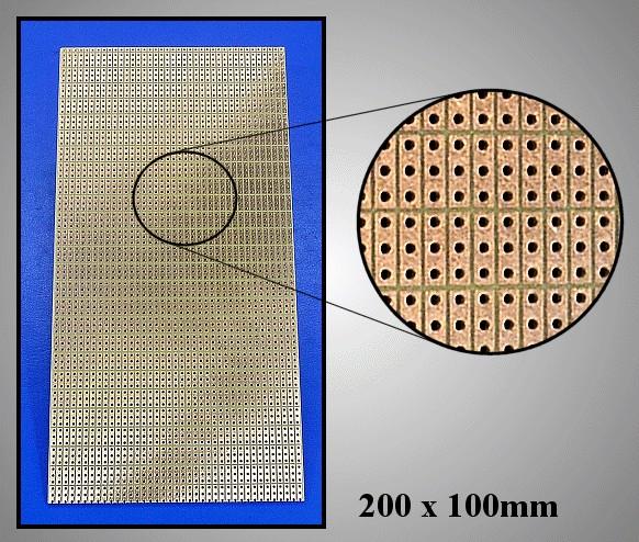 FR4 próbapanel 200x100 3 közöspontonként maratva PP-1920