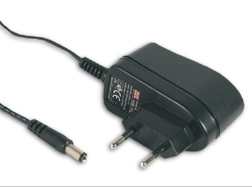 90..264VAC adapter fix 9VDC 660mA (DC dugó: 5.5x2.1mm) P.SUP.A/F09/066