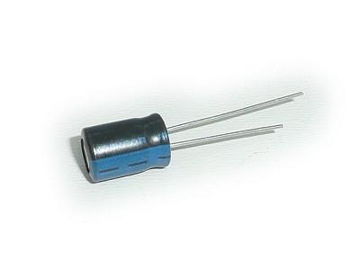 ELKO 4.7uF 400V 105°C 8x11 álló 4.7/400P-105 X