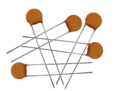 Kerámia Disc kondenzátor 1pF 50V ±0.25pF Rm:2.54 CC 0.5P 50V