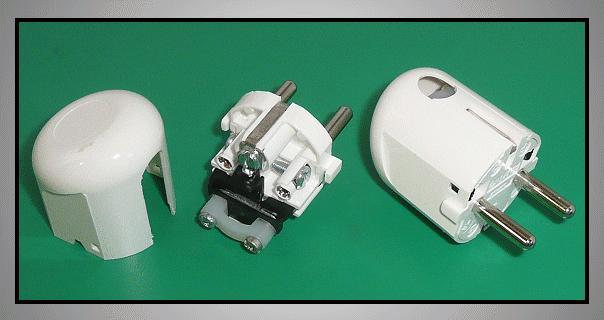 AC 220V földelt dugó 2P+F (DFO162) fehér CSAT-P022/WO