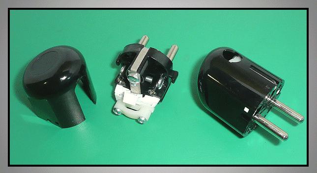 AC 230V földelt dugó 2P+F (DFO162) fekete CSAT-P022/BO
