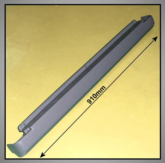 Hűtő alsó láb takaró W8-DA6301968K