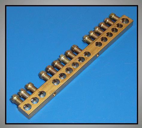 Elosztókapocs csupasz 1+14cs.M4 V-4805