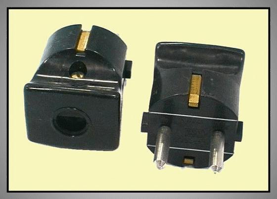 AC 230V földelt dugó 2P+F (fekete) CSAT-P023/B