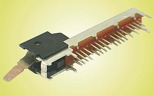 Kapcsoló 3 poziciós, panelba 2x16p.42x8mm SWA306/B
