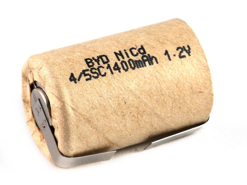 Ni-Cd 1.2V 1400mAh akkumulátor 23x34mm 4/5 Sub C, forrfüles