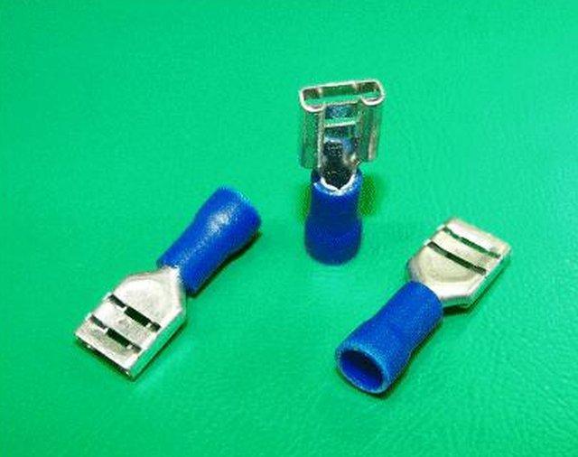 Kábelsaru 4.8/0.5 hüvely 1.5-2.5mm2 kék CS-K1480525/FSZB