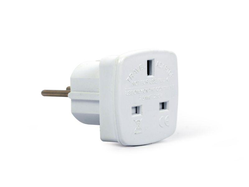 AC 230V 3p.földelt dugó, 3p./UK aljzat (fehér) CSAT-P030/UK/2W