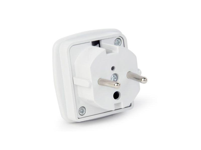AC 230V 3p.földelt dugó, 3p./UK aljzat (fehér) CSAT-P030/UK/2W -